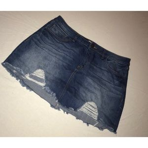 Refuge distressed jean skirt